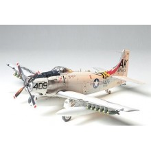 Douglas Skyraider AD-6 (A-1H)   1/48