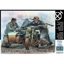 German Motorcyclists, WWII era,moto no incluida1/35
