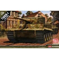 Pz.Kpfw.VI Tiger1 Mid Version 70th Anniversary Normandy Invasion 1/35