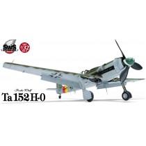 Focke-Wulf Ta 152 H-0 1/32