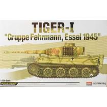 Tiger I 'Gruppe Fehrmann, Essel 1945' 1/35