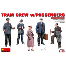 Tram Crew With Passengers 1/35
