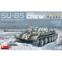 SU-85 Model 1943 (Early) with Crew 1/35