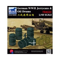 1/48 WWII German Jerry Can & Fuel Drum