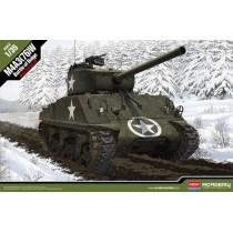 """M4A3(76)W Sherman """"Battle of the Bulge"""" 1/35"""