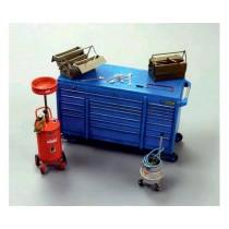 Metal barrels with handcarts 1/35