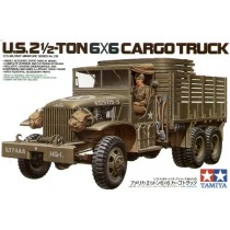 U.S. Type353 6x6 2.5ton truck with driver figure and decals for 4 vehicles 1/35