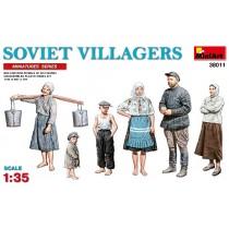 Soviet Villagers 1/35