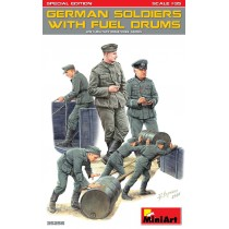 WWII U.S. Soldiers At Rest  1/35