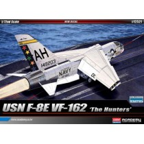 "Vought F-8E Crusader VF-162 ""The Hunters"" 1/72"