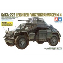 Sd.Kfz. 222 Leichter Panzerspähwagen (4x4) 1/35