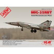 Mikoyan MiG-25RBT Soviet Reconnaissance Plane (100% new molds) 1/72