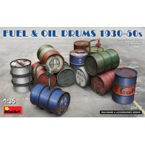 FUEL & OIL DRUMS 1930-50s Box contains 12 models of Fuel and Oil Drums 1930-50s 1/35