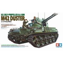 M42 Duster w/3 Figures 1/35