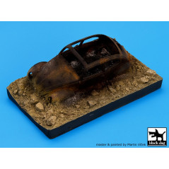 DESTROYED GERMAN CAR AFRICA (BASE) 1/35 13x7.5 ctms