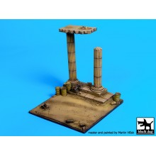 Africa column base 9.5X10 CTMS.