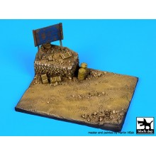 Africa road  with sign base (120x90 mm)  1/72