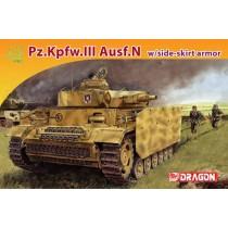 Pz.Kpfw.III Ausf.N w/side-skirt armor 1/72
