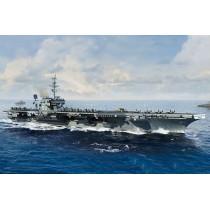 U.S.S. Kitty Hawk CV-63. USS KITTY HAWK,1/700
