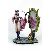 KABUKI MINIATURE EVIL QUEEN 54MM
