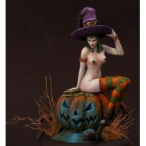 Helloween Girl 54 MM.