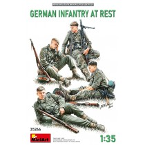 GERMAN INFANTRY (WWII) AT REST