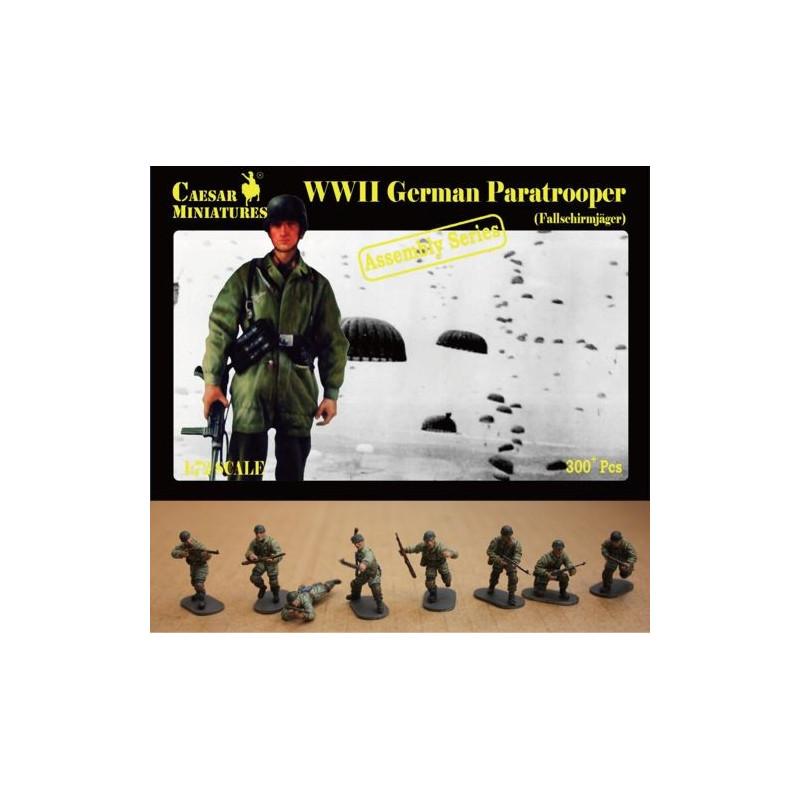 German Paratrooper (Fallschirmjager) (WWII) 1/72