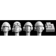 Heads in modern UK AFV helmets (4) 1/35