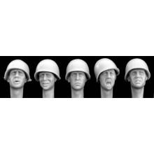 Wearing plain US helmets M1 (5) 1/35