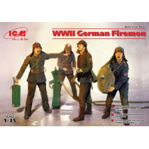 WWII German Firemen (4 figures) 1/35