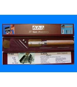 Razor blade with handleextender (Anniversary box)
