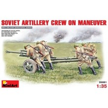 Soviet Artillery Crew on Maneuvere 1/35