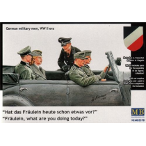 German WWII staff car passengers 1/35