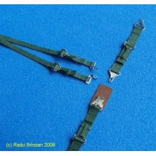 US Seatbelts (Green) 1/32