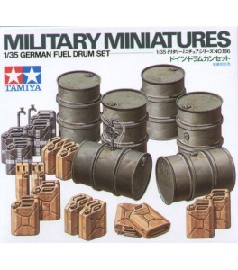 GERMAN FUEL DRUM SET 1/35 TAMIYA